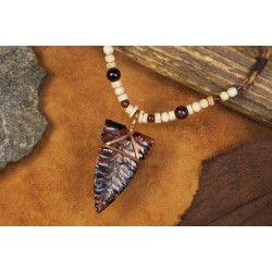 Pendant with flint arrowhead PA1707