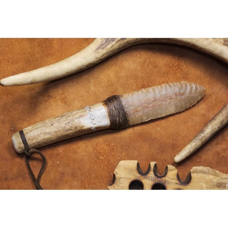 Couteau à lame en silex C1606